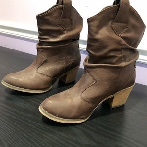 Cowgirl boots women's